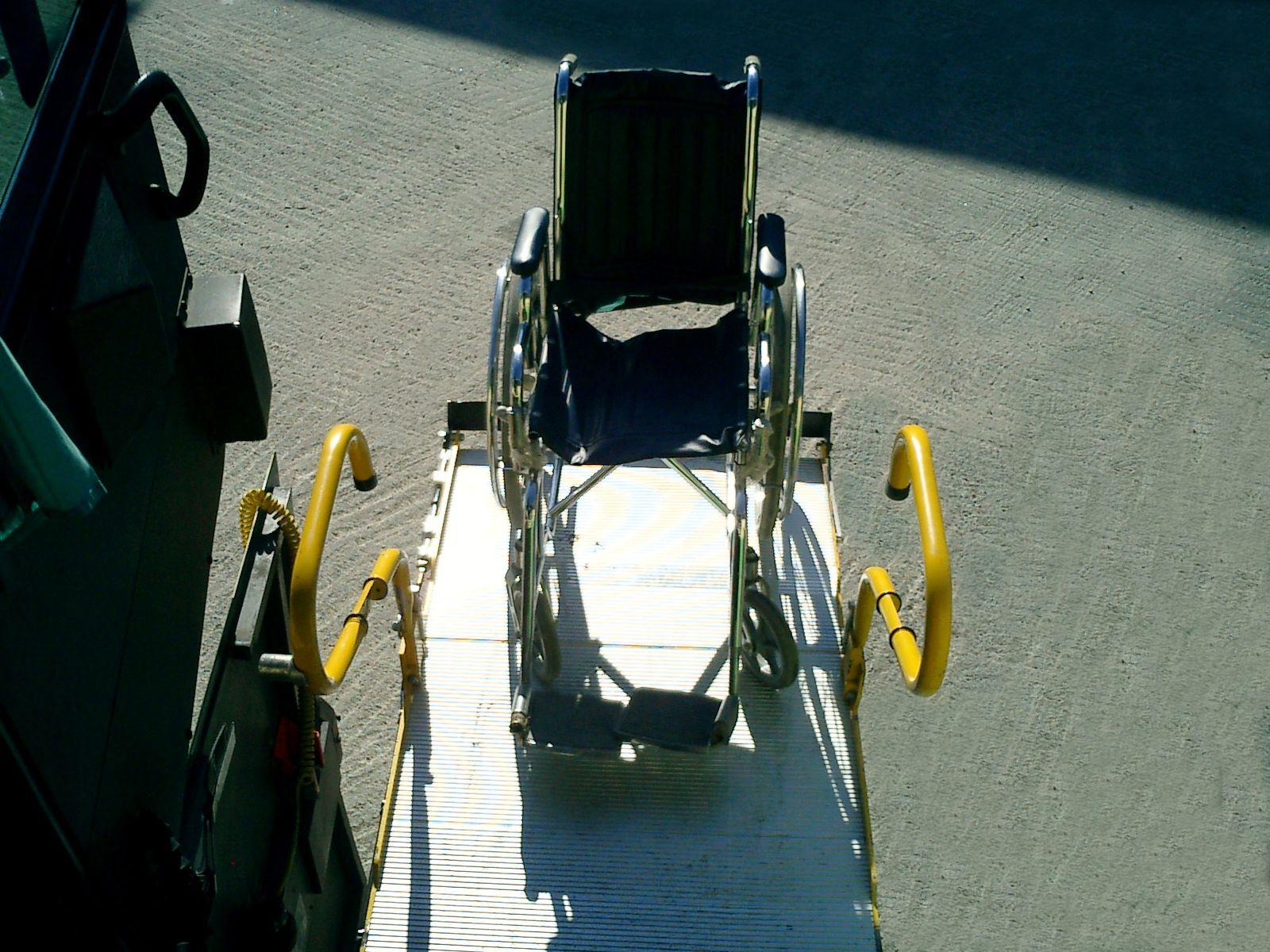 52 plazas personas movilidad reducida