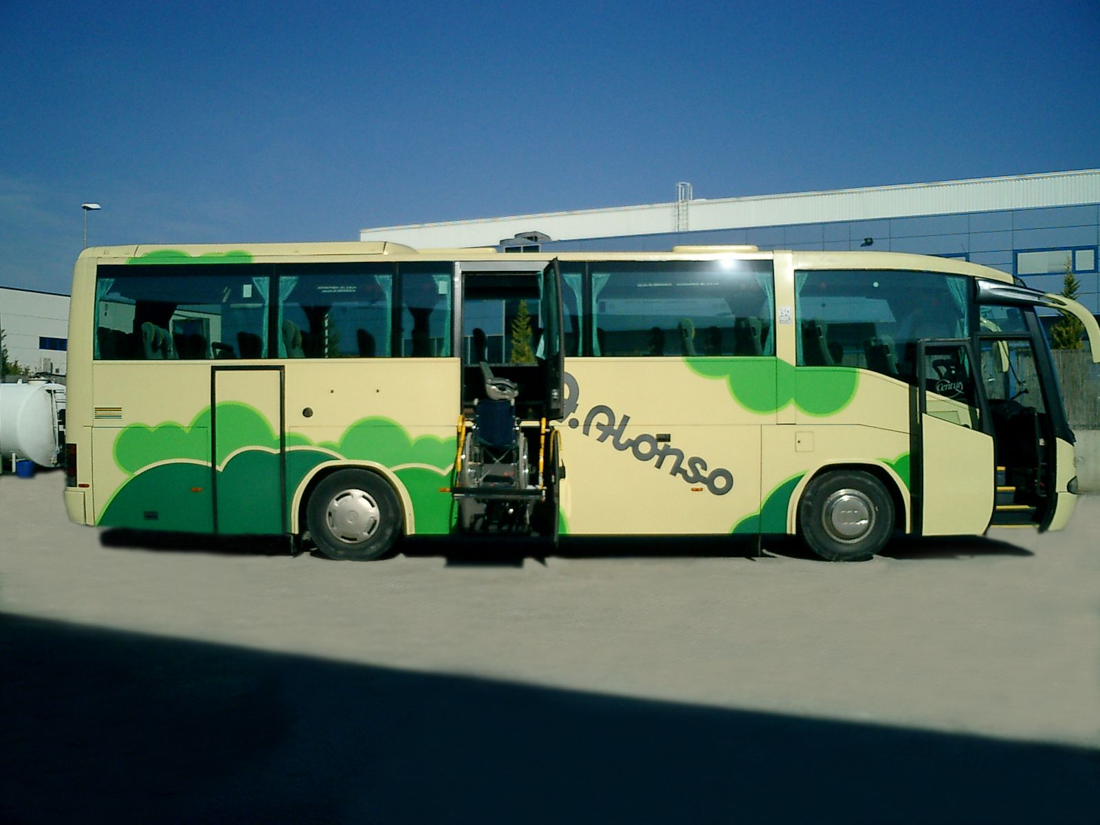 52 plazas autocar PMR